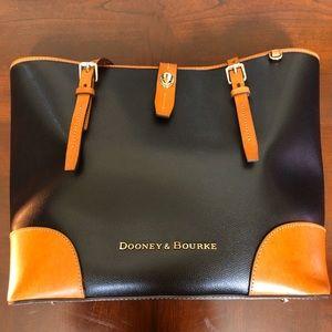 Dooney & Bourke Purse